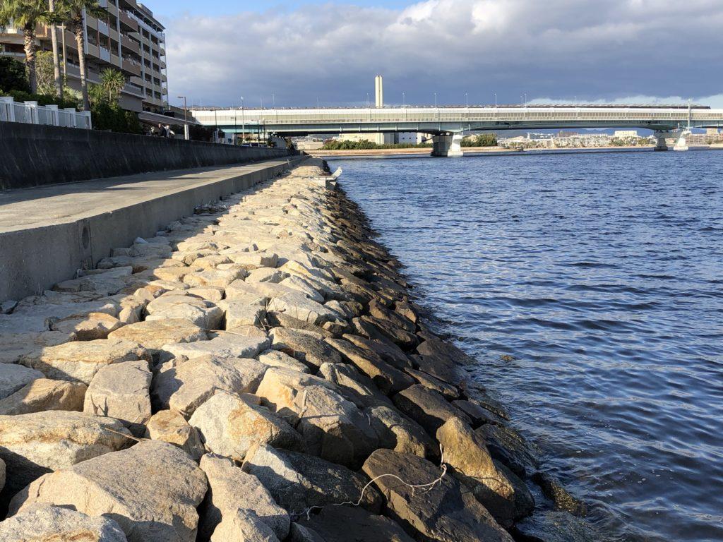 南芦屋浜東側石畳